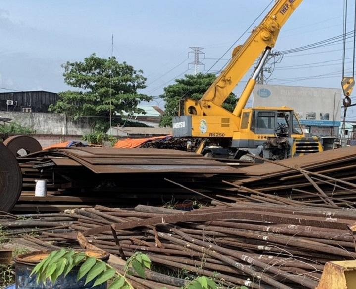 Thu mau phế liệu tại Bình Phước