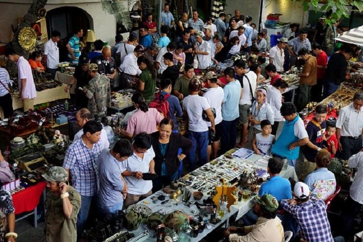Chợ ve chai