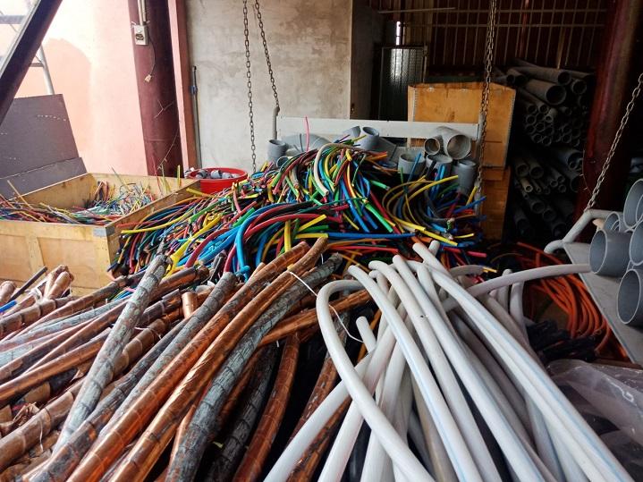 mua dây điện cũ quận 4