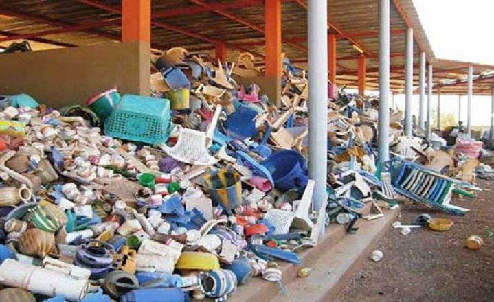 Mua nhựa phế liệu
