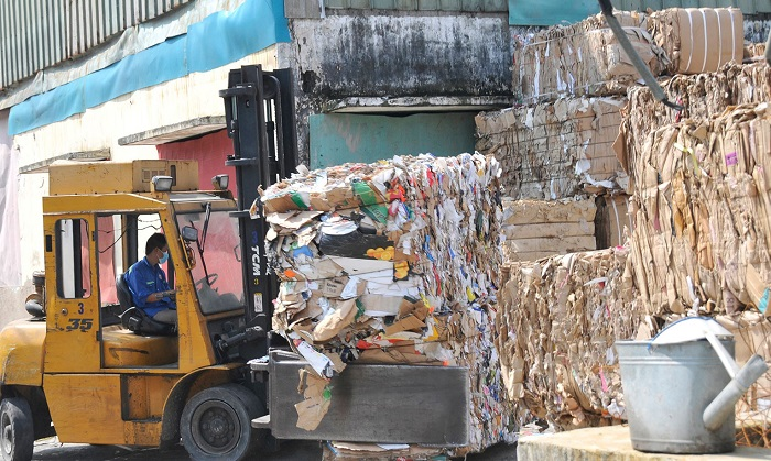 tái chế giấy
