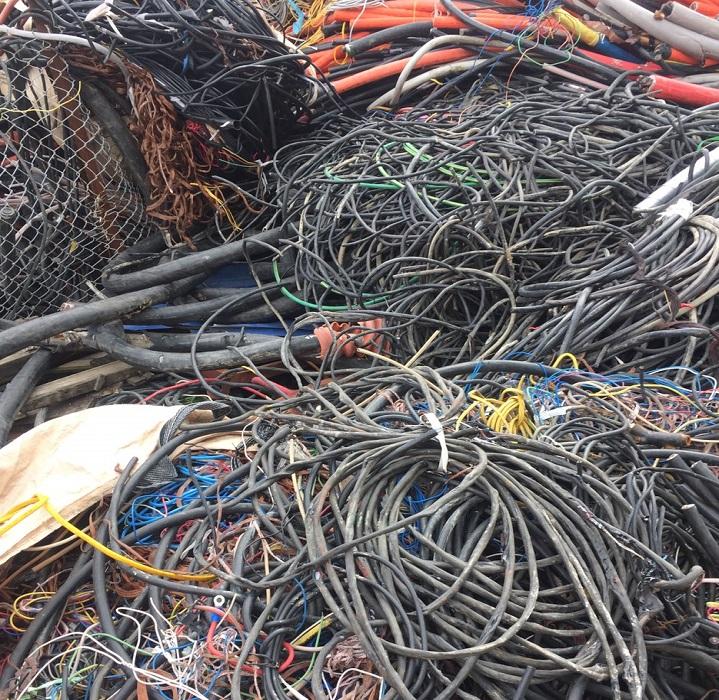 thu mua dây điện cũ Bình Tân