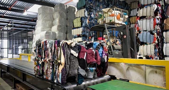 Thu mua vải thanh lý tại Hà Nội