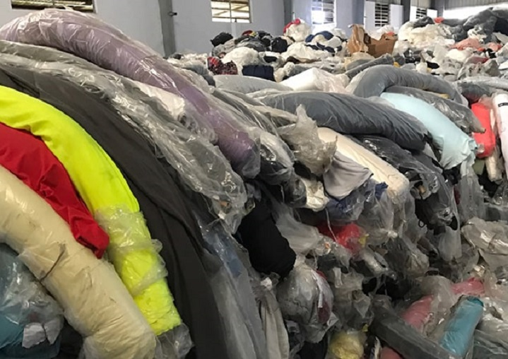 Thu mua vải tồn kho tại Hà Nội